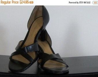 Vintage Black Leather Sandal Heel Naturalizer 7N Online Vintage Vintage Clothing Vintage Dress Home Accents Vintage Online