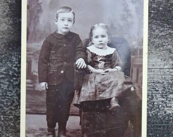 "Cabinet Photo / Cabinet Photograph / Children Siblings Photograph / Antique Photograph 1800's / Paper Ephemera  6""x4"" (AA1)"