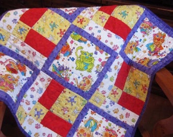 Cat Quilt, Wall Hanging, Lap Quilt, Throw, 27 x 27