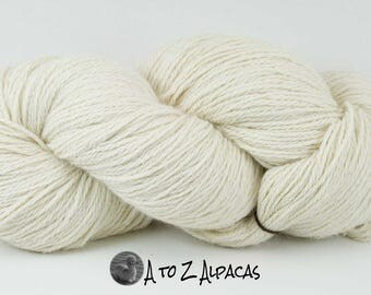 Worsted Weight - White - Alpaca Yarn - Made in Canada
