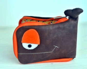 Whale wallet with foxes, dark brown, leather wallet, recycled leather