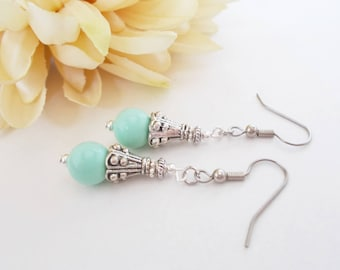 Mint Green Bridsmaid Earrings, Mint Wedding Earrings, Bridesmaid Gift, Boho Mint Glass Drop Earrings, Spring Bridal Jewelry, Gift for Her