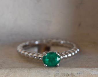 14k white gold - Colombian Emerald- engagement-simply stunning ring