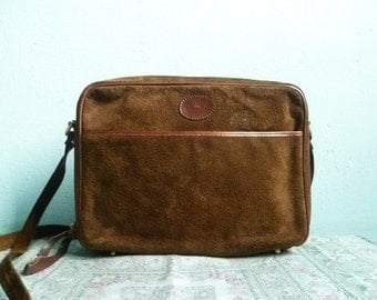 Vintage Brown Suede Bag Purse Messenger Satchel / Shoulder Bag Crossbody / Leather / 80s