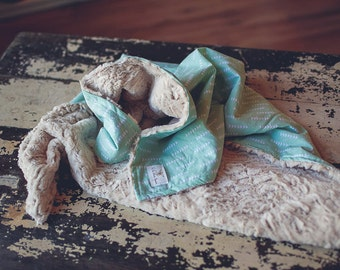 READY TO SHIP Modern Baby Blanket, Mint Green, Arrows, Triangles, Trendy Baby Blanket