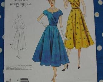 Vintage Pattern c.1953 Vogue Reproduction No.1043 Swing Dress Size 6,8,10,12,  Uncut