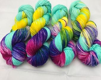 Oscar Worsted , Hand Dyed Yarn, Superwash merino, worsted weight, multicolored yarn, Luau Tiki Torch