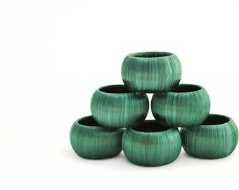 Set of 6 Hunter Green Napkin Rings - Elegant Christmas Table Decorations - Holiday Tablescape Decor