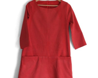 Woman winter dress. Kangaroo pockets, 100% cotton flannel. Boat neck,  3/4 sleeve length. Made in Italy. Sizes S to XL.