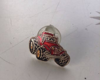 Vintage Jeep dune buggy pin