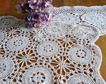 2 Crocheted Doily  Doilies  White Ecru Vintage Doilys Lot  F10