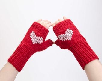 SALE Heart pattern gloves knitted fingerless  gloves in RED