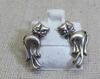 Tiny Sassy Kitty Cat Pierced Earrings, Sterling Silver Cat Earrings
