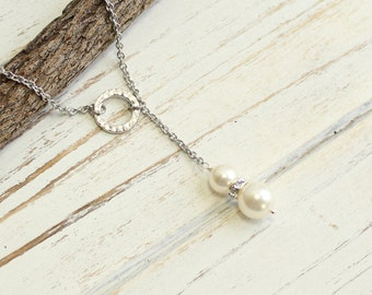 Vintage Flair Pearl Lariat Necklace