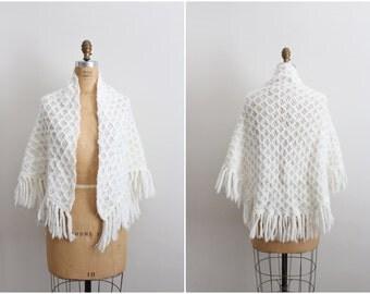 70s Mini White Crocheted Bohemian Cape/ Poncho/ Wrap / Shawl/ Ruana/ Wedding / One size