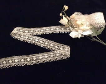 Vintage Ivory Cotton Lace, Vintage Lace, Vintage Sewing Supplies, Wedding Lace, Country Lace, Bridal Lace