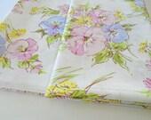 Vintage SpringMaid Full Flat Sheet / Vintage Floral Print Sheet / Wondercale / Cotton Blend / Retro Bedding / Purple Flowers / Pink Flowers
