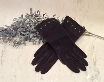 Vintage Black Suede Gloves with Embroidered Tiny Flowers and Cross Stitched Edging, Vintage Formal Gloves, Vintage Winter Gloves