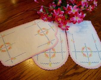 Linen Antimacassar Set Floral Embroidery Crochet Trim Vintage Doilies Chair Linens