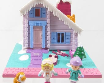 1993 Polly Pocket Vintage Ski Lodge w/ tree COMPLETE Bluebird Toys (39251)