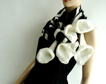 Nuno felt scarf Long - silk and wool - Black and White handmade. A beautifully made neck piece