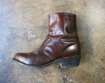 Size 9 Western Ankle BOOTS / Brown Leather Women's Boots / Vintage Southwest Shoes