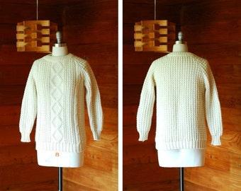 20% OFF FALL SALE / vintage white wool fisherman's sweater / size medium