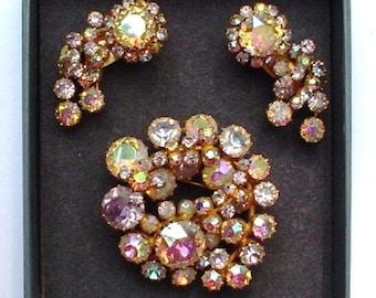Karu Arke Vintage Brooch and Clip on Matching Earrings