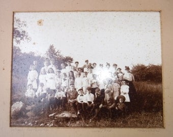 Black and white photos from 1889-1940