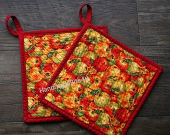Pot holders Potholders - Apples - Hand Chenilled Back - Set of 2