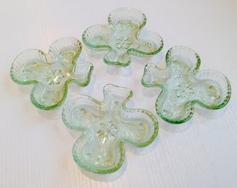 Set of 4 Glass Spade Small Dishes