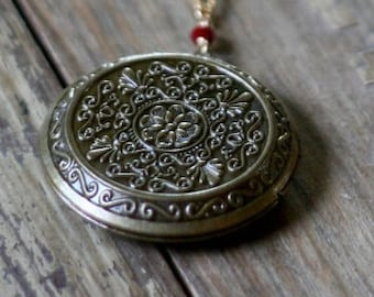 Antique Brass Locket, 45mm