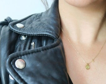 Medium disc & gold drop necklace