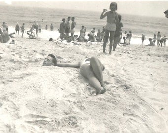 """Vintage Snapshot """"She's Lost Her Head"""" Buried in the Sand Beach Found Photo"""