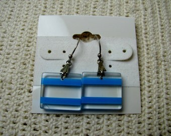 Vtg clear Lucite with blue stripes earrings