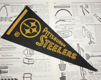 Vintage Pittsburgh Steelers Football Pennant 1970s Era Small 9 Inch Mini Felt Pennant Banner Flag vtg Collectible Vintage NFL Display Sports