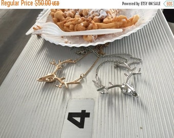 70% OFF BADASSICAL >> silver deer head necklace << long chain >> comes on awesome card