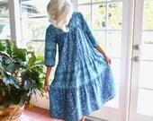 Vintage La Cera caftan muu muu patio dress paisley 1980's loungewear hippie bohemian: small, medium