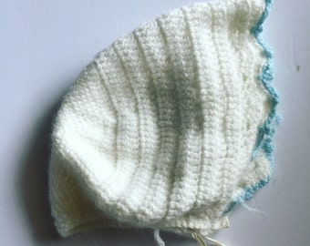 Vintage handmade bonnet winter 6-12 months