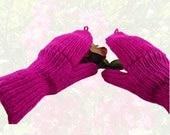 Women's Convertibles Hand Knit Fuchsia Sparkle Hobo Gloves Mittens