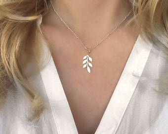 Leaf necklace gold , leaf necklace silver, gold leaf necklace, dainty gold necklace, dainty silver necklace, silver leaf necklace, neclace