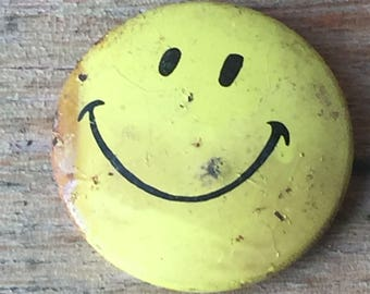 Vintage Smiley Face Pinback Button