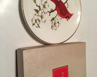avon cardinal north american songbird plate in original box