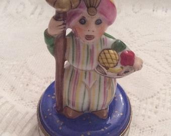 Limoges Trinket Box, Aladdin and His Carpet, French Vintage, Peint Main Rare, Vintage Collectible CHRISTMAS SALE