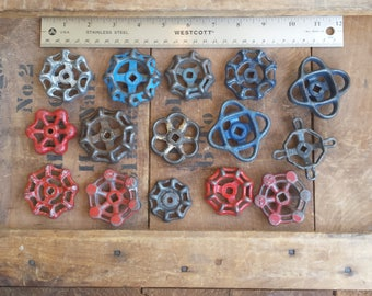 Assemblage of 15 Vintage Gate Valve Handles - Industrial Steampunk Repurpose
