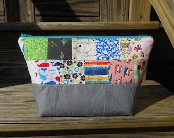 Large Makeup Bag, Quilt Block Bag, Gray Makeup Bag, Quilted Makeup Bag, One of a Kind