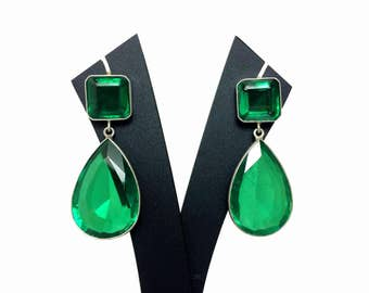 Angelina Jolie Emerald Earrings ( Academy Awards, red carpet ) inspired Sterling Silver Earrings with Stunning Faceted Crystal Gemstones