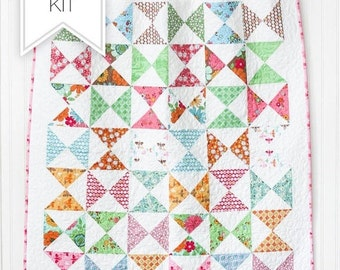 25% Off Sale Flower Patch Quilt Kit with White Flower Backing - Baby Quilt Kit - Lori Holt - Bee in My Bonnet - FPQKWHITE