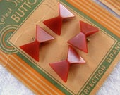 "4 Bowtie Shaped Buttons,18 X 16mm, Burnt Orange,3-D Angled Shape, '30s ""Latest Style Buttons"" Perfection Brand Card, Plastic, Tunnel Shank"