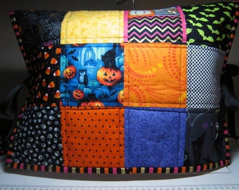 Halloween Patchwork Quilted Reversible Sewing Machine Dust Cover, Embroidery Machine Cover Protector